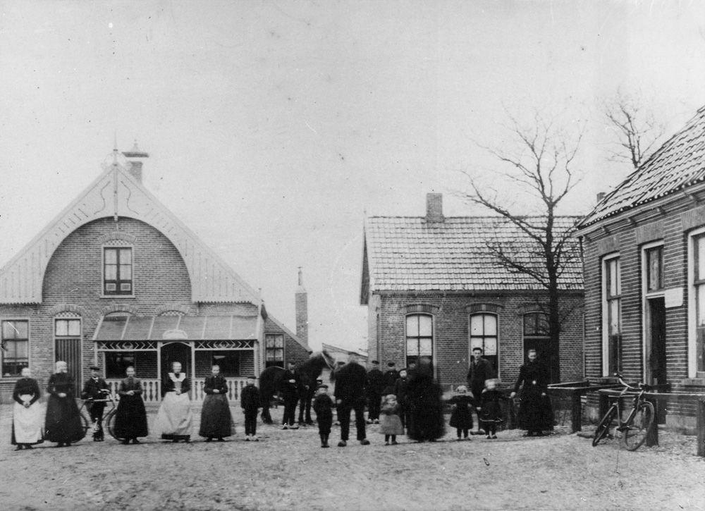 Café Het Vergulde Ros (Bron: Historische Vereniging Staphorst)